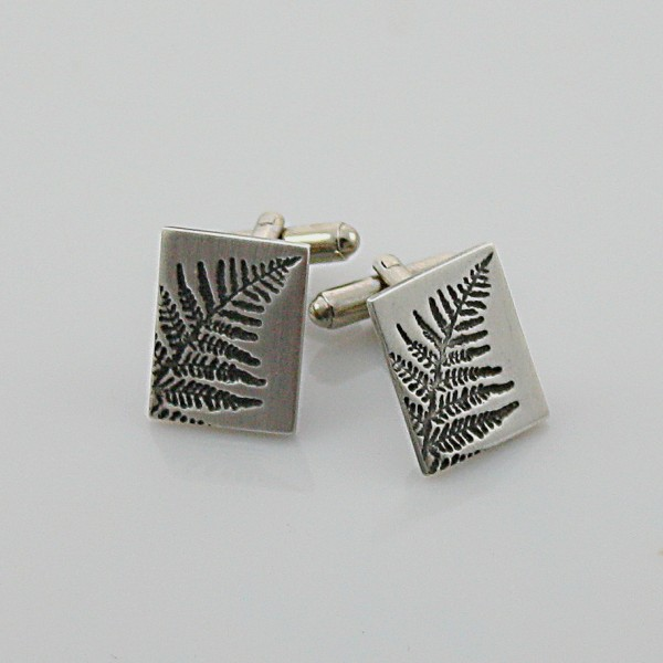 cufflinks one3 close